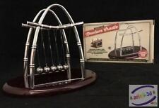 Classic Executive Desk Toy Newtons Cradle colliding Balls Kinetic energy Billes