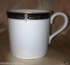 WEDGWOOD JAPAN 1995 EMBASSY COLLECTION WHITFIELD MUG 12 OZ BLACK MARBLE BORDER