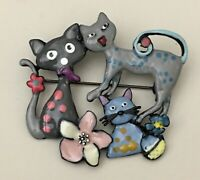Adorable artistic three Cats flower brooch pin in enamel on metal
