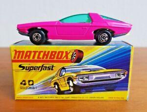 MATCHBOX SUPERFAST No.40  VAUXHALL GUILDSMAN 1971 issue