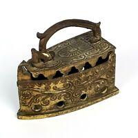 Miniatura di Ferro da Stiro in metallo Ottone epoca inizi '900 Novecento Vintage