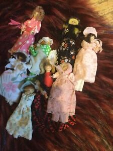 vintage wooden peg dolls