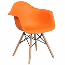 Декоративное кресло