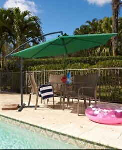Offset Cantilever Vented Patio Umbrella Outdoor Shade for Deck Pool