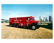 1988 International Wells Fargo Armored Service Corporation Truck Photo uc6011
