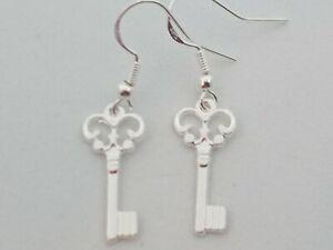 New Silver Key Charm Drop/Dangle Earrings Kitsch Novelty Quirky Retro