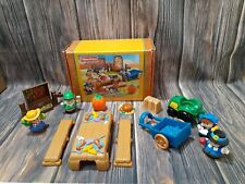 Fisher Price Little People THANKSGIVING Celebration ELF TRACTOR Mattel Holiday