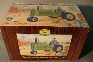 "1/16 JOHN DEERE Model ""B"" Toy Tractor NIB Franklin Mint Classic Tin Collectibles"