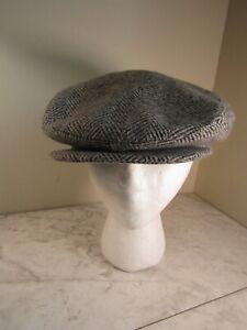 Crown Cap Signature Ascot Insulated Winter Hat Cap Black/Gray Herringbone  7 3/8