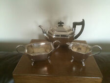 Joli 3 Pièces Plaqué Argent service à thé tous sur 4 Pad pieds (SPTS 8711) Viners