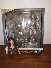 MAFEX 024 Wonder Woman - Batman v Superman Dawn Of Justice Action Figure
