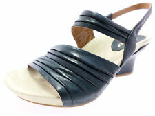 Markenlose Sandalen & Badeschuhe aus Echtleder für Damen