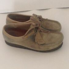 Clarks Wallabees Womens 7M Tan