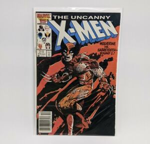 UNCANNY X-MEN #212 WOLVERINE V SABRETOOTH (Marvel Comics 1986) Barry Smith Cover