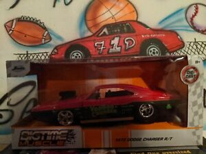 Jada Metals Diecast 1:24 BigTime Muscle 1970 Dodge Charger R/T (Red)