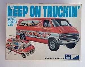 MPC KEEP on TRUCKIN 1974 DODGE VAN LARGE PARTS LOT VINTAGE CAR KIT