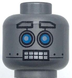 Lego New Flat Silver Minifigure Head Alien with Robot Blue Eyes Raised Eyebrow