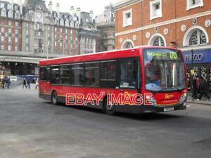 PHOTO  GO-AHEAD LONDON BUS YX60 EOG ROUTE: 170 DESTINATION: ROEHAMPTON LOCATION: