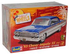 Chevrolet Chevy Impala SS 1963 2 in 1 Blau Bausatz Kit 1/25 1/24 Revell Modell A