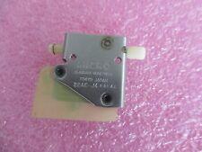 Micro Switch  / Yamatake-Honeywell Model: 22AC-J4 Limit Switch   <