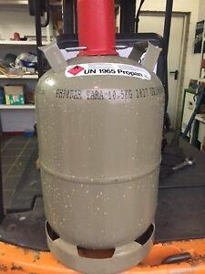 Super Leicht Camping Propan Gas Flasche 11 kg geprüft bis Ende 2029 Gefüllt !!!!