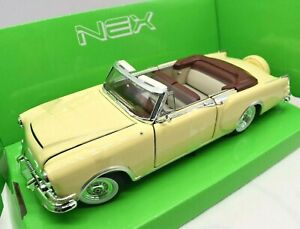 Model Car Packard Caribbean Cabriolet Scale 1/24 diecast vintage collection