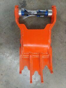 Kubota BT4598 Thumb For Tractor Backhoe Applications BH4949, BH92, BT1000