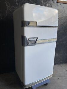 Vintage GM General Motors Refrigerator Fridge Imperial Frigidaire Teal WORKS