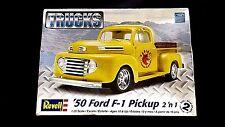 Model Kit 1950 Ford F-1 Pickup 2n1 Kit Revell Trucks 1:25
