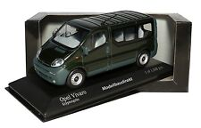 Opel Vivaro Break in Dunkelgrün Met. Bj 2001 1:43 Minichamps 430040510 NEU & OVP