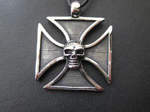 Croix de Fer Avec Tête de Mort Acier Inox Chaine Pendentif Grande Ek Crâne / 621