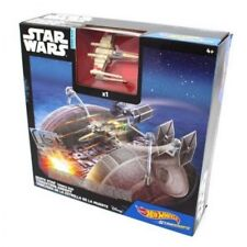 STAR WARS (Disney) HOT WHEELS (X-Wing Fighter Red Five) DEATH STAR TRENCH RUN