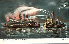 Feuerwehr, New York, Feuerlöschboot im Einsatz, um 1910