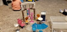 2004 Barbie Fashion Mall Furniture & Tons of Accessories  #65214 (shopping)
