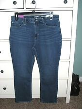 90bf5669a05 Riders by Lee Midrise Curvy Straight Leg Jeans Size 16p 28