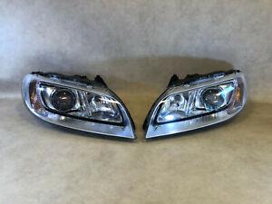 VOLVO S80 V70 XC70 GENUINE ZKW Xenon Dynamic Headlight Lamp SET LH RH LHD 07-14