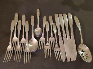 PAUL REVERE Community Stainless Flatware Fork Knife Spoon & Serving Spoon 16 pcs