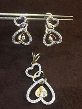 Stunning 0.79 Cts Natural Diamonds Heart Pendant Earrings Set In 14K Yellow Gold