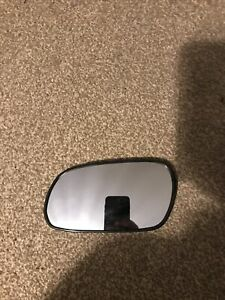 Toyota Celica 1993-99 ST 202/204/205  Wing mirror Glass LH- 87961-2D020