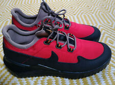 Nike Air Wild Hiking Trail - UK 8 / EU 42.5 -Red / Black - Rare Samples -916818