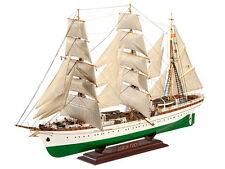 """REVELL 5417 - deutsches Segelschulschiff """" Gorch Fock """"  1/150"""