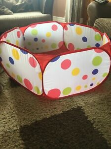 Foldable pet playpen suitable for hamsters guinea pigs rabbits etc