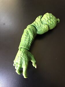 DC Comics Multiverse Right Arm for Killer Croc BAF Alfred Pennyworth