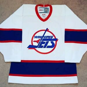 NWOT Size Adult Medium CCM Vintage Winnipeg Jets White NHL Hockey Jersey