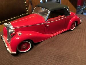 1950 Signature Mercedes Benz 170S Red 1/18 Scale Diecast