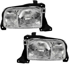 Headlights Headlamps Assembly w/Bulb New Pair Set for 99-04 Chevrolet Tracker