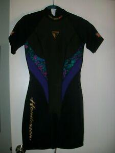 Henderson Aquatics Shorty Wetsuit 2.0 Zip Back Woman's Size M 8 USA Excellent!