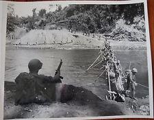 WWII PHOTO - 1st Batallion 475th Reg't. Crossing Mali Hka - BURMA 1944