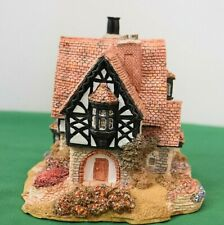 """Lilliput Lane """"Tanglewood Lodge"""" Nos - In excellent condition with deed, boxed."""