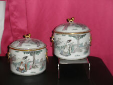 FINE PAIR ANTIQUE CHINESE FAMILLE ROSE PORCELAIN COVERED POTS BOWL, SIGNED